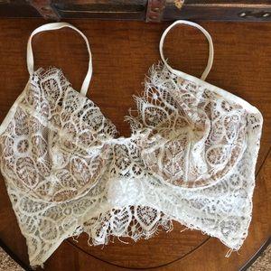 Other - Cream Lace Bralette - Size Medium